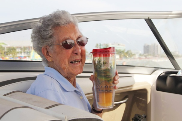 90-year-old-woman-road-trip-cancer-treatment-driving-miss-norma-32